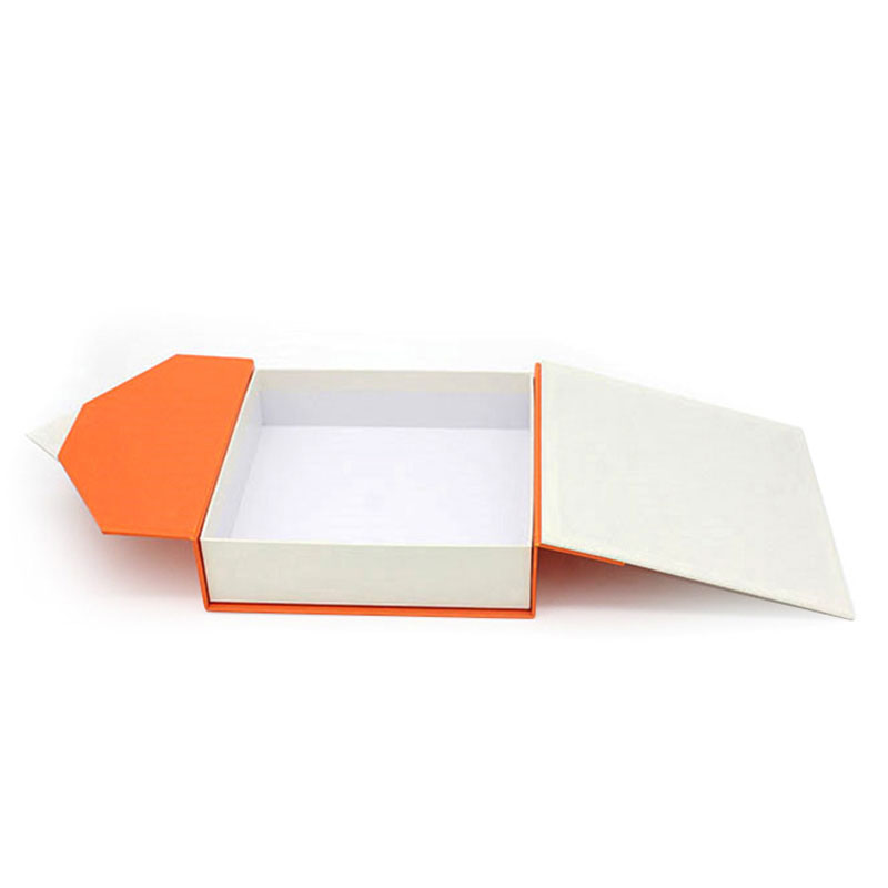 Elegant Custom Logo Paper Jewelry Bracelet Packaging Box