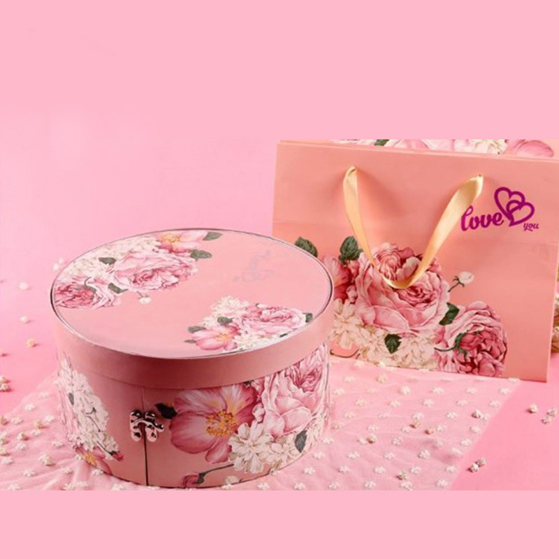 High Quality Paper Round Dividers Wedding Gift Candy Box
