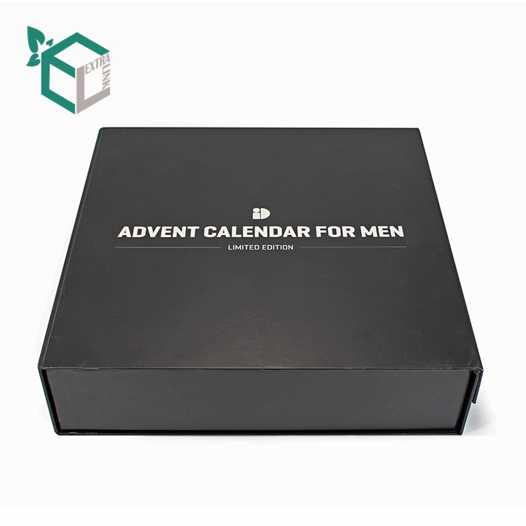 2020 Custom Flat Magnetic Gift Foldable Garment Paper Packaging Boxes