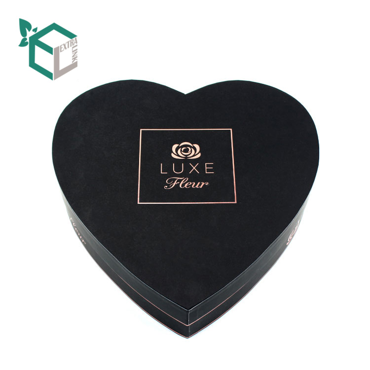 Black Heart Shape Flower Box With Luxury Material