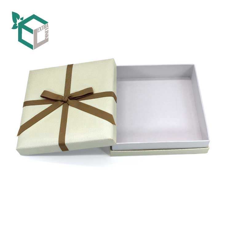 Paper Packaging Gift Box For Necklace With Ribbon