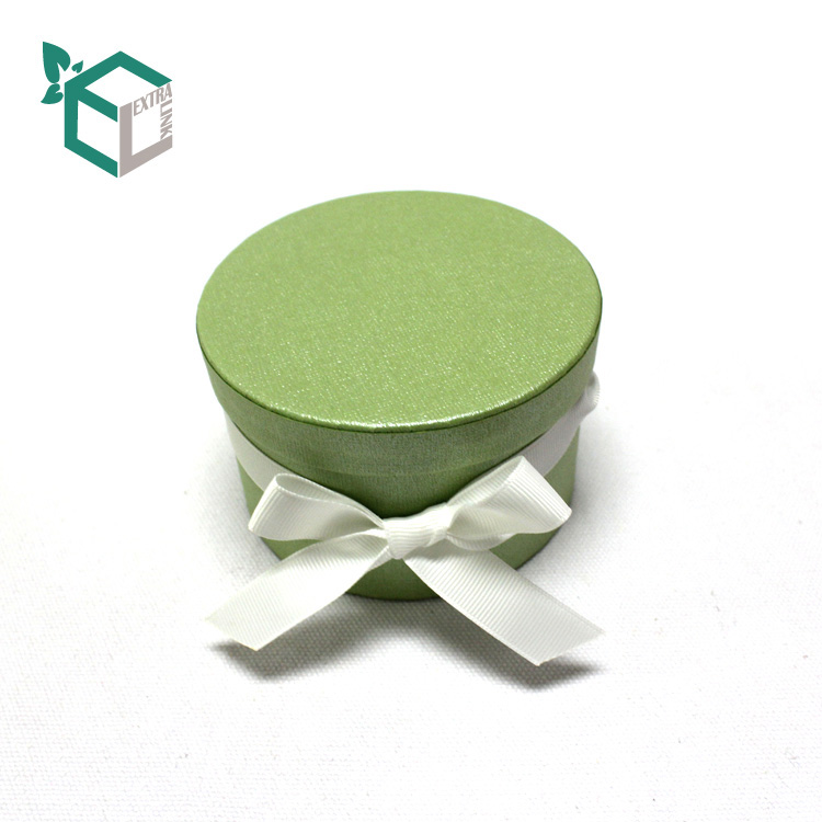 China Supply Cylinder Flower Packaging Box With Ribbon Handle